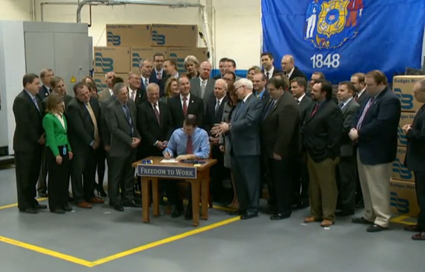 Scott Walker Right to Work Signing crowd