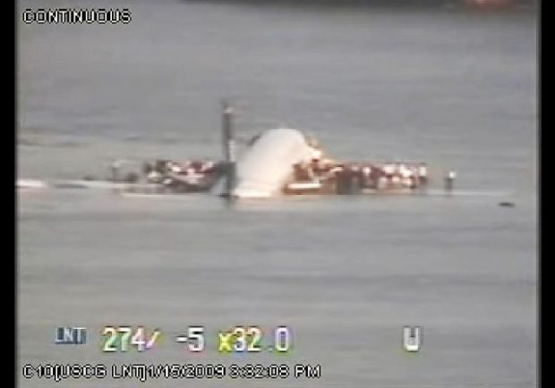 10 Years Ago Sully Sullenberger Lands Us Airways Flight 1549 In The Hudson River