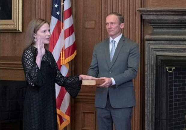 https://www.supremecourt.gov/publicinfo/press/oath/oath_barrett.aspx