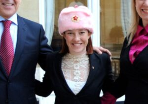 https://upload.wikimedia.org/wikipedia/commons/f/f9/Spokesperson_Psaki_Poses_in_a_New_Hat_With_Russian_Counterpart_and_Their_Respective_Bosses_%2811930586556%29.jpg